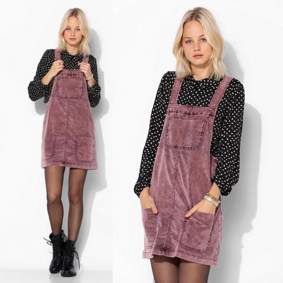 eb48eee4ea ... Corduroy Overall Skirt. M 5b5de573d6716a922a8e0906